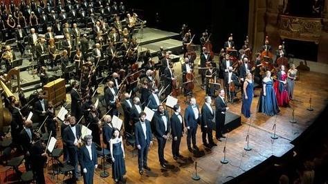 https://fronteradigital.com.ve/Dudamel seduce a París en un primer concierto con aires hispanos